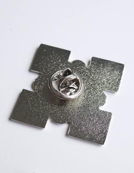 pins métal