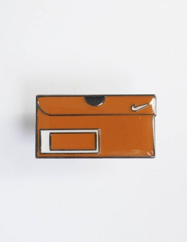 pins nike vintage box orange