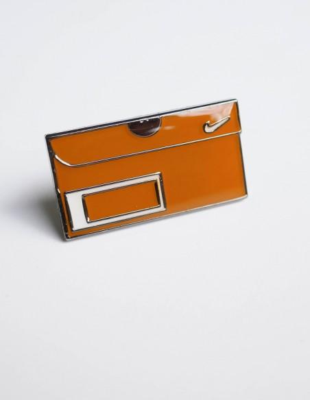 pins vintage nike box